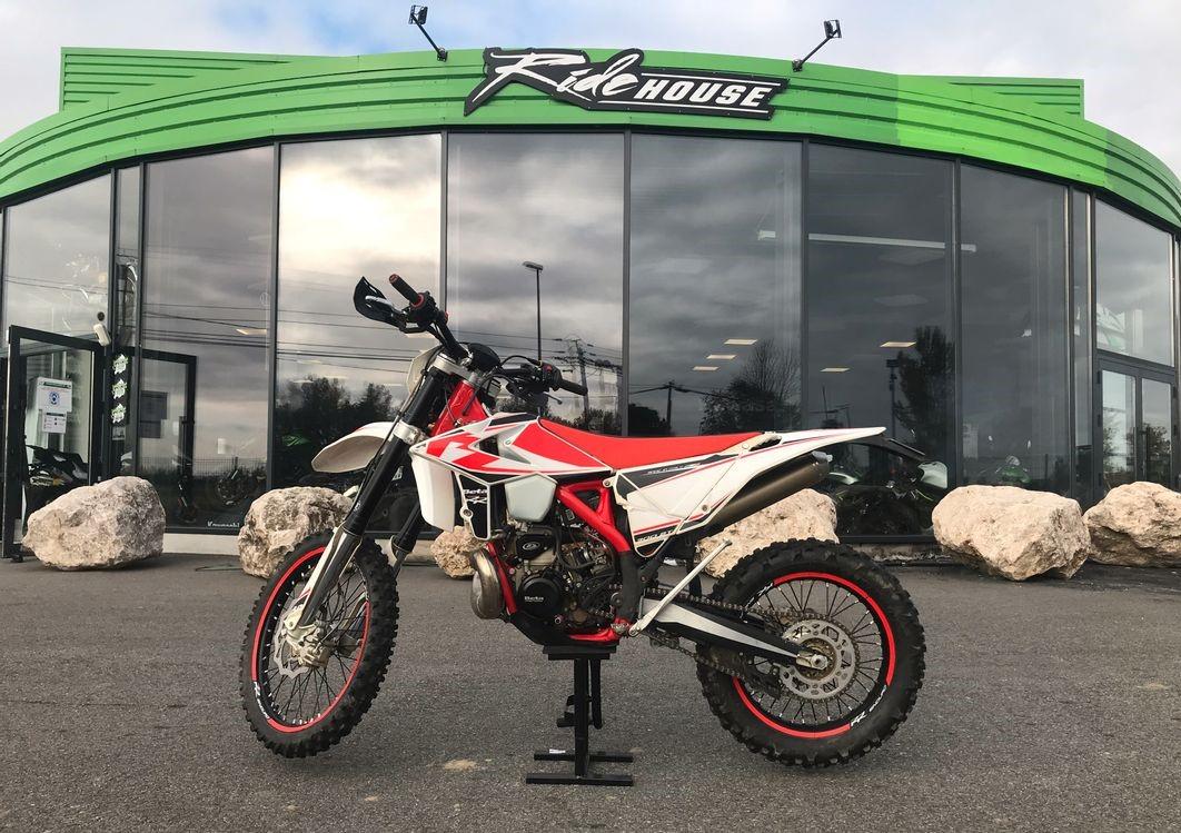 Moto enduro BETA 300 2T